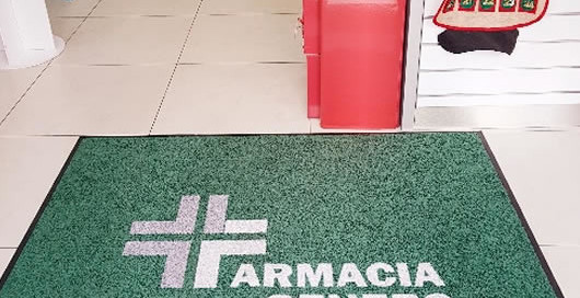 asciugapasso da interno con il logo della Farmacia Genero