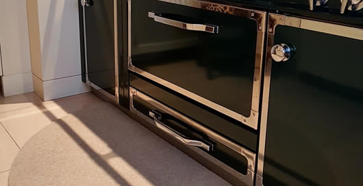 foto di un tappeto da cucina sagomato realizzato da Zerbini Personalizzati Celli