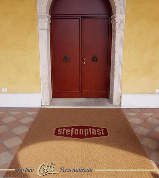zerbino personalizzato con logo Stefanplast