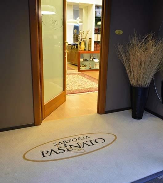 zerbino personalizzato con logo della sartoria pasinato