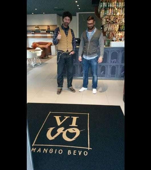 zerbino personalizzato con il logo del ristorante Vivo - Mangio bevo